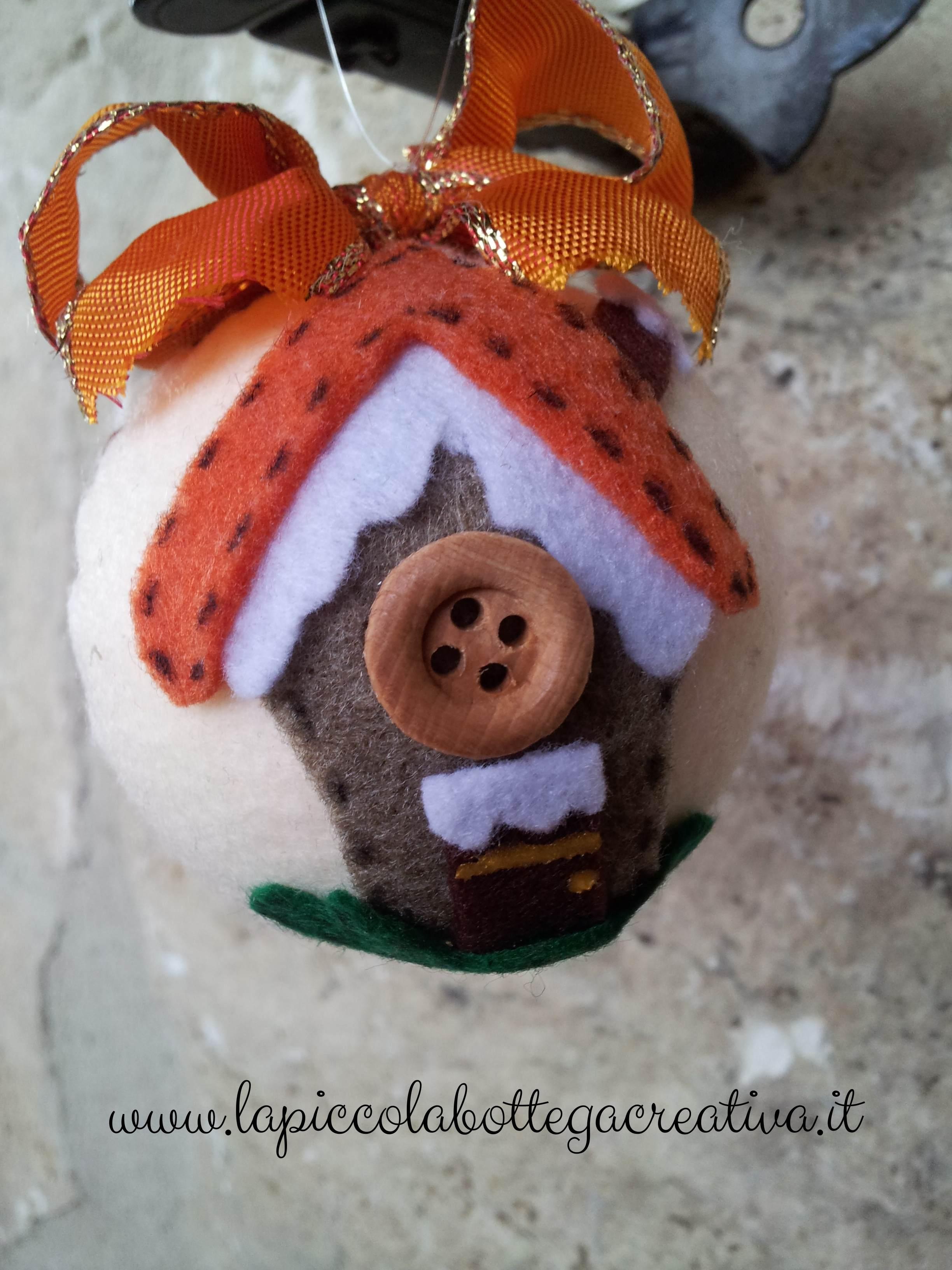 palla di natale feltro casetta tetto arancio