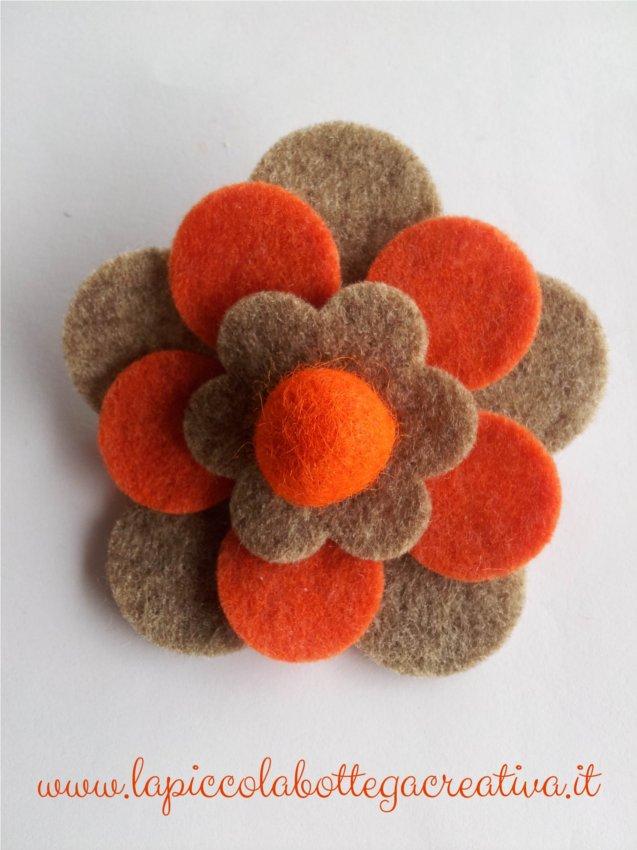 spilla-feltro-arancio-forte