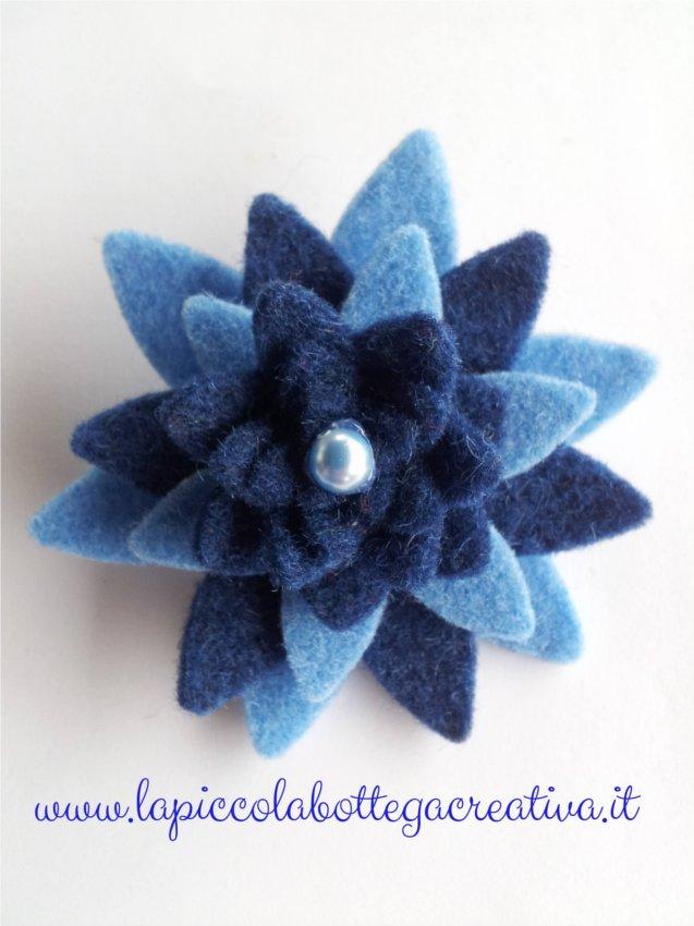 spilla-feltro-azzurra-blu