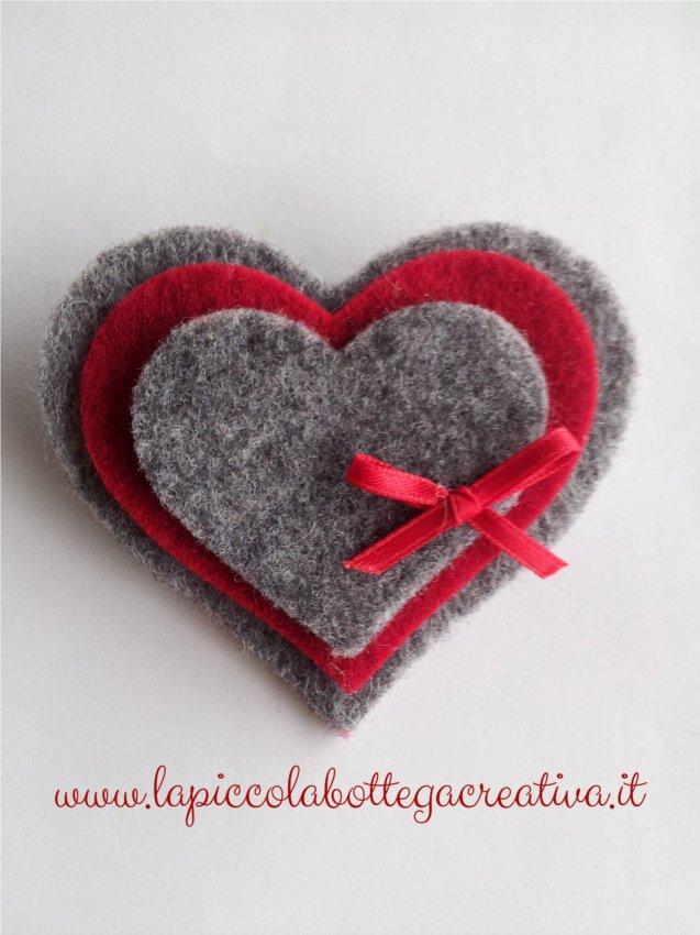 spilla-feltro-rossa-cuore
