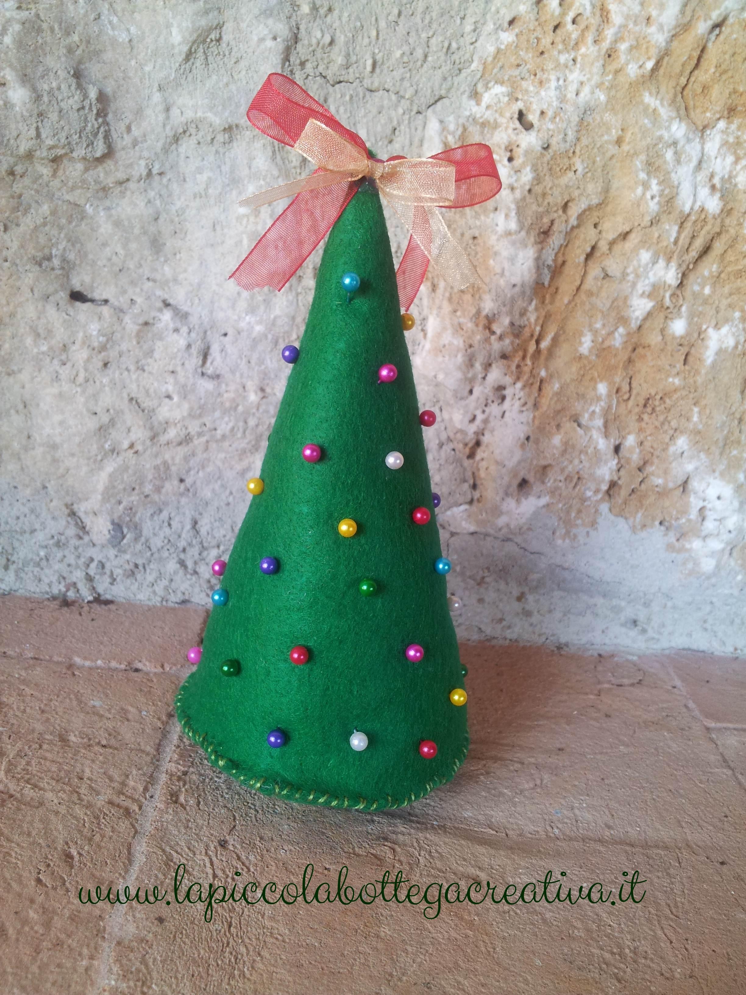 Albero puntaspilli natalizio feltro